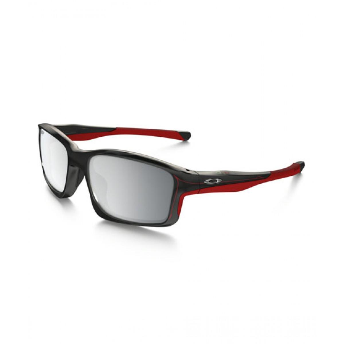 0fa7e5b8a88 Oakley HD Men s Sunglasses Price in Pakistan