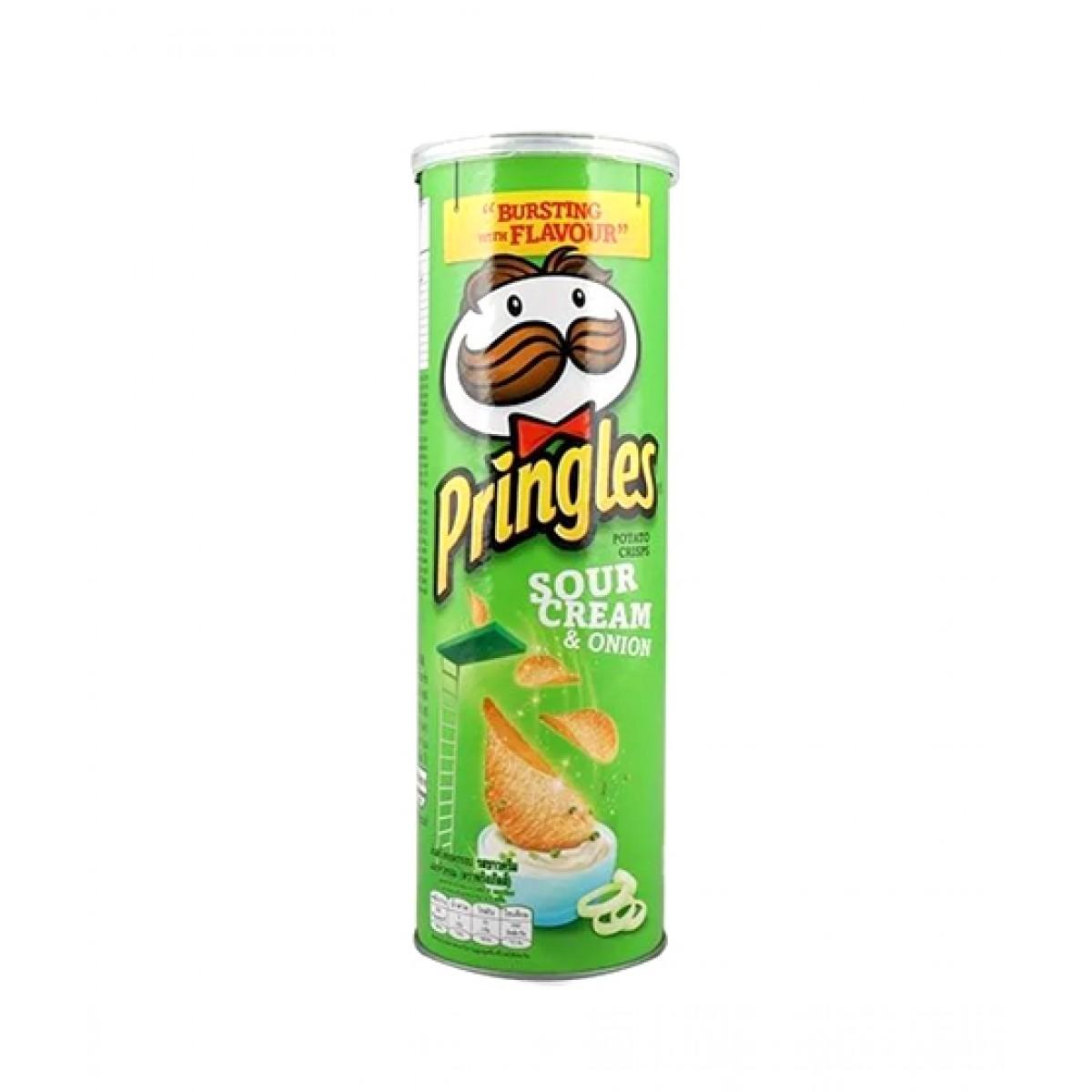 Pringles Sour Cream & Onion Potato Chips 110g