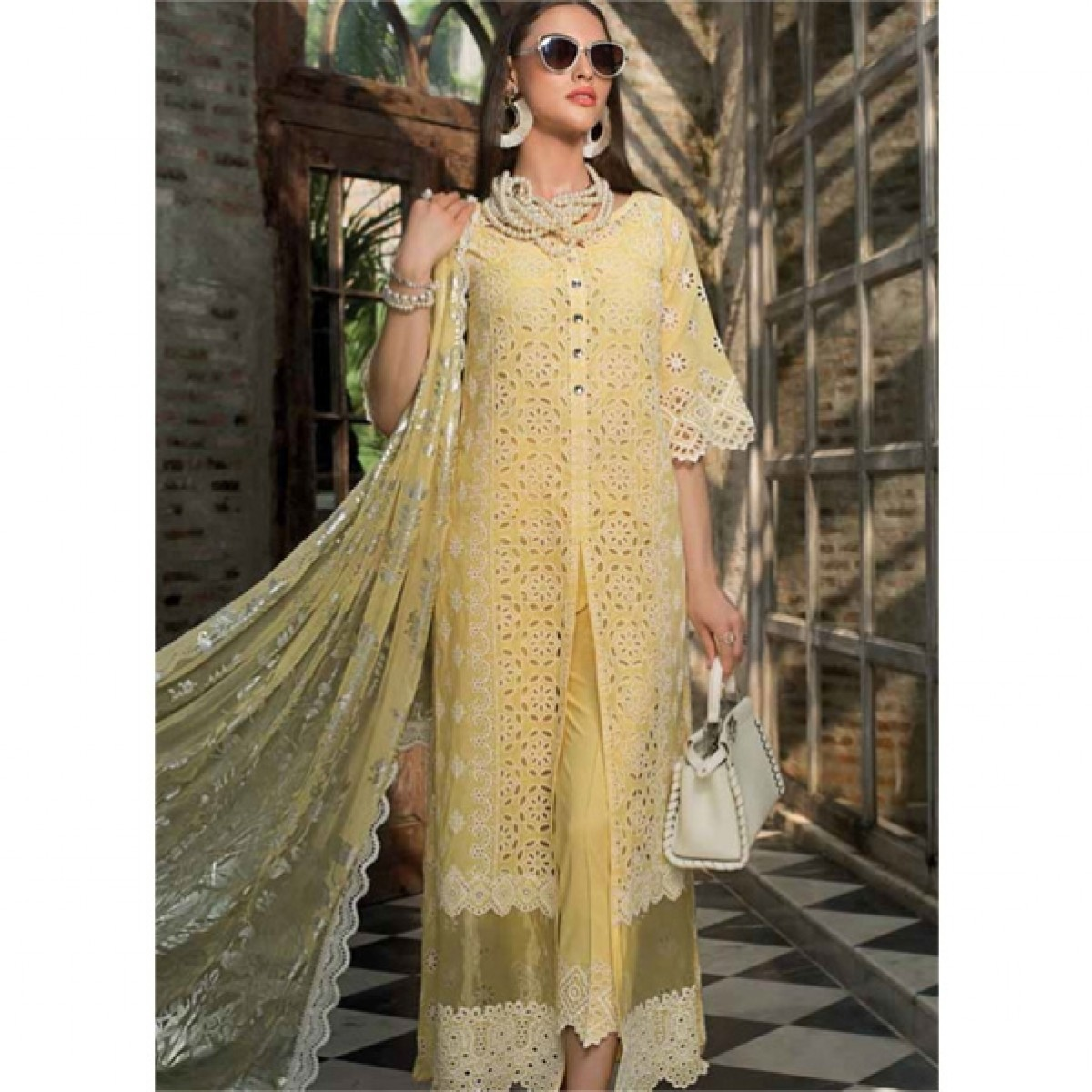 450691663e Zainab Chottani Chikankari Embroidered Collection 2019 3 Piece Price in  Pakistan | Buy Zainab Embroidered Collection (06A) | iShopping.pk