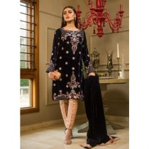 Aamna Aqeel A Velvet Romance Limited Edition Winter Collection 3 Piece (AQVL-5)