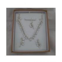 AZ Makers Diamond Style Jewellery Set For Women White