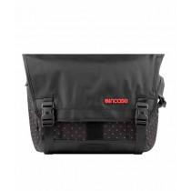 """Incase Range Messenger Bag for 13"""" MacBook Pro Black and Red"""
