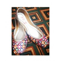 Ibrahim Shoes Stylish Thread Work Khussa For Women (0003)